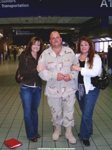 Billy, Mindy, Cyndi in Terminal